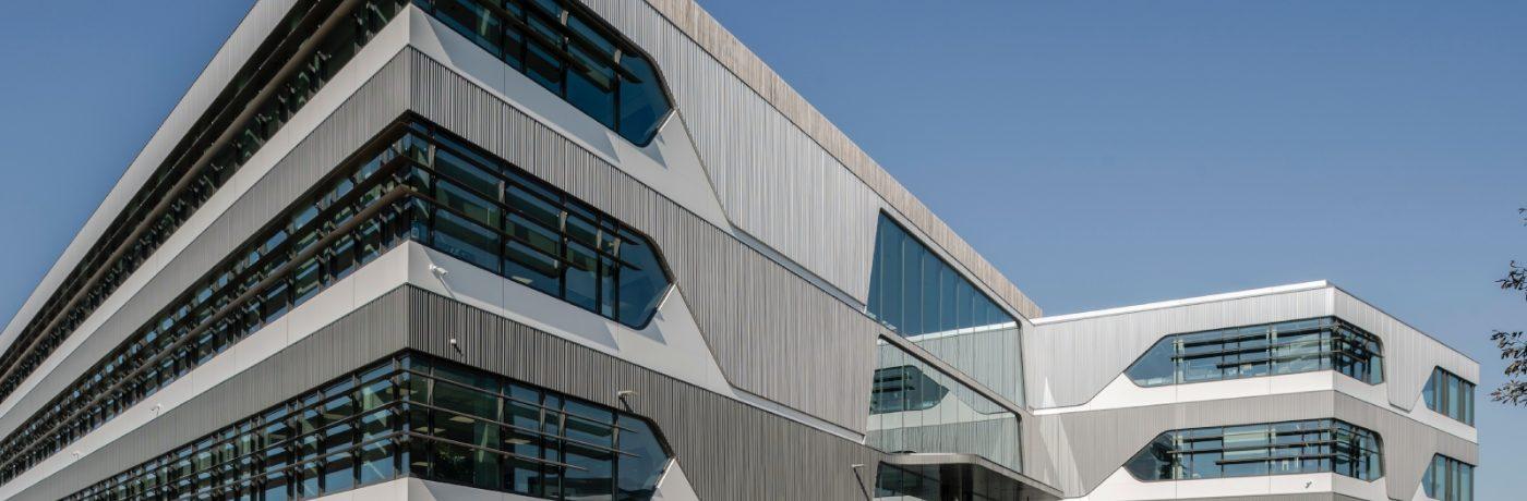 WVH Gevelprojecten mag de gevelafwerking verzorgen bij DuPont te Leiden